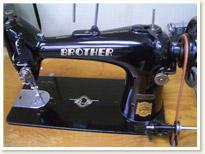 Brother 職業用ミシンTA1-B618  足踏みテーブルタイプ